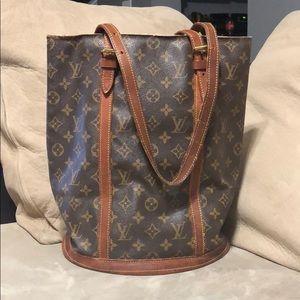 Louis Vuitton Bucket GM